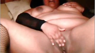 Bolivian Bbw Performs Together With Her Fuckbox On Web Cam