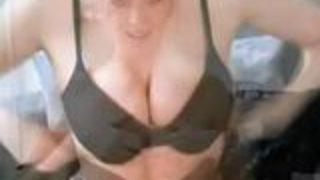 Tamarind Camgirl Orders Wank Off @ Beautifuldirtyangels.com