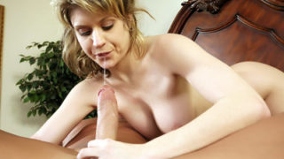 Huge-chested Nubile Offers A Oral Pleasure