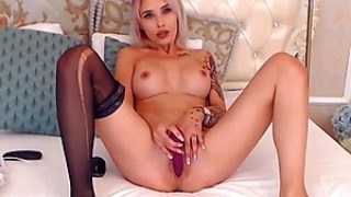 Supah Super-fucking-hot Dame Performs With Two Fuck-holes Of Her Personal